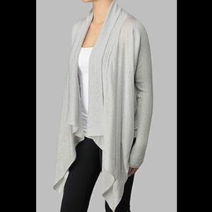 Lululemon Zen Wrap In Grey Size 4